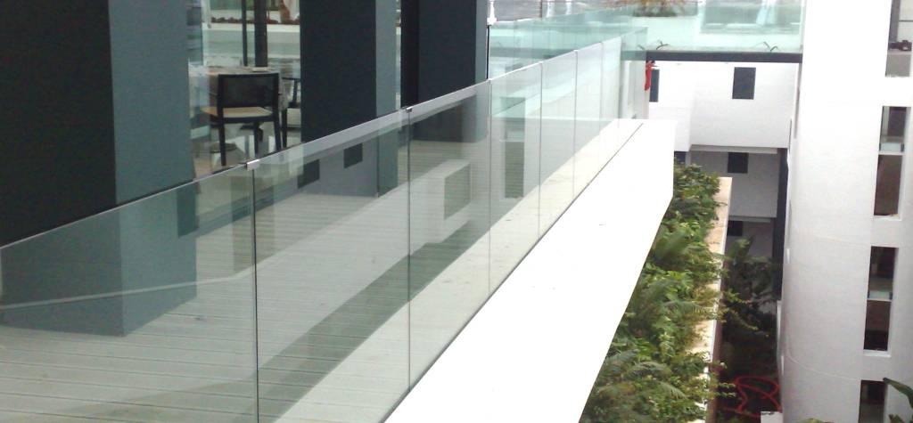 Cristaleria Madrid Barandillas de cristal para terraza en madrid
