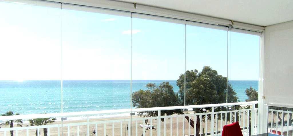 Cristaleria madrid cerramientos de cristal en madrid doble - Cristaleras para terrazas ...