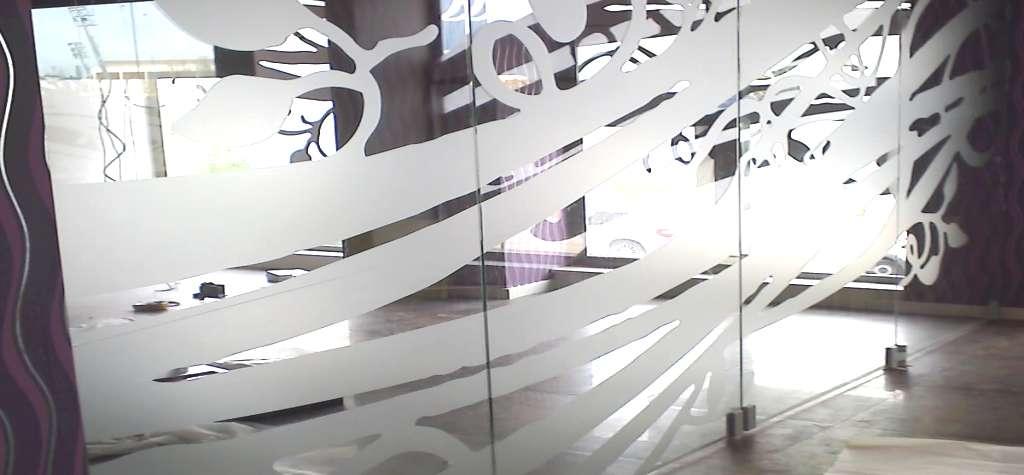 Puerta de cristal puertas de cristal en madrid cristales for Puertas de paso de cristal