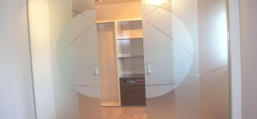 Puerta de cristal puertas de cristal en madrid cristales - Puertas de vidrio para interiores ...
